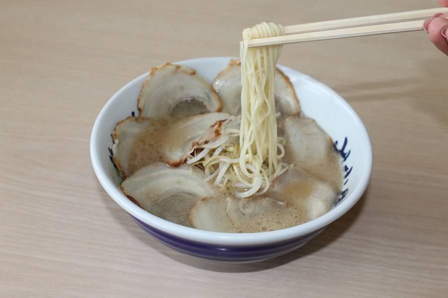 チャーシュー麺 750円
